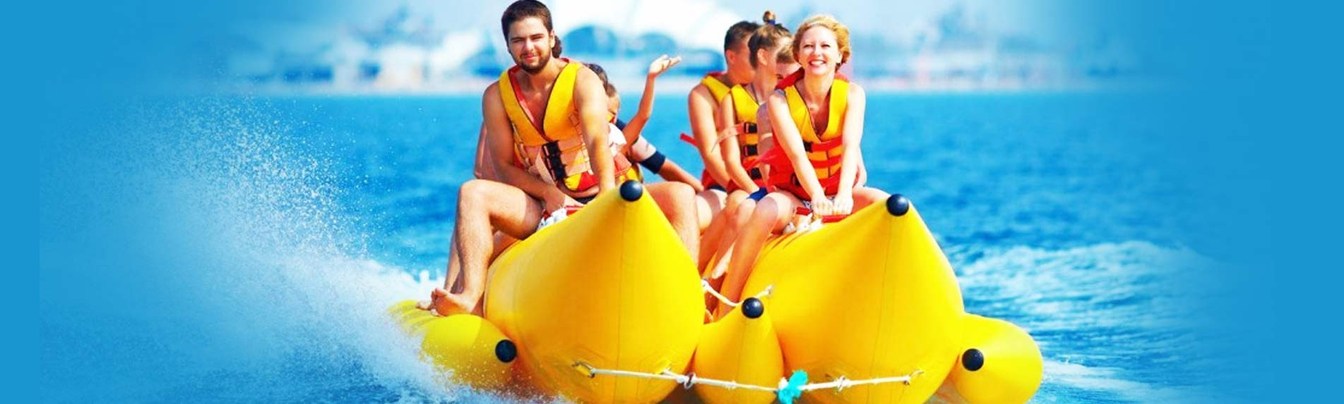 Offers Pontoon Boats For Better Beach Trips